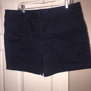 Women's size 16 Vineyard Vines shorts